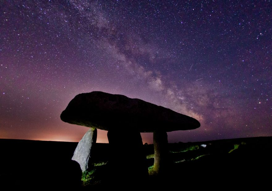 Lanyon Quoit under the Milky Way