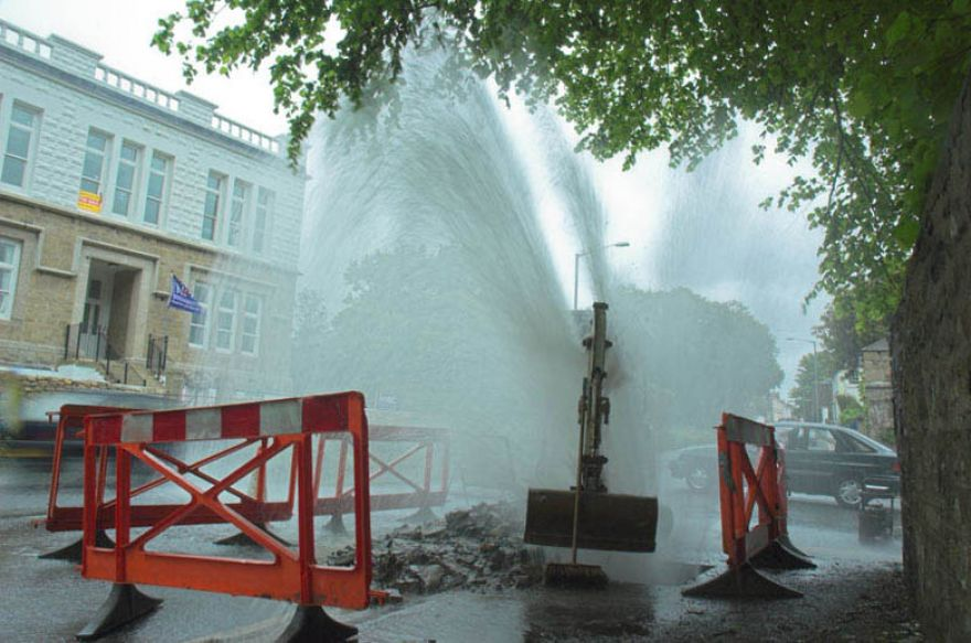 New Alverton water feature turned on