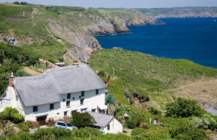 Thatched Cottage - Church Cove