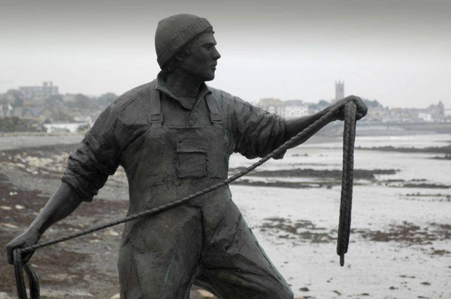 Fishermens Memorial, Newlyn.
