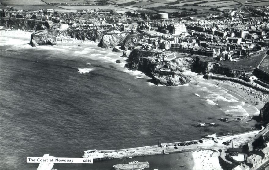 Newquay Bay aerial photo - 1950s