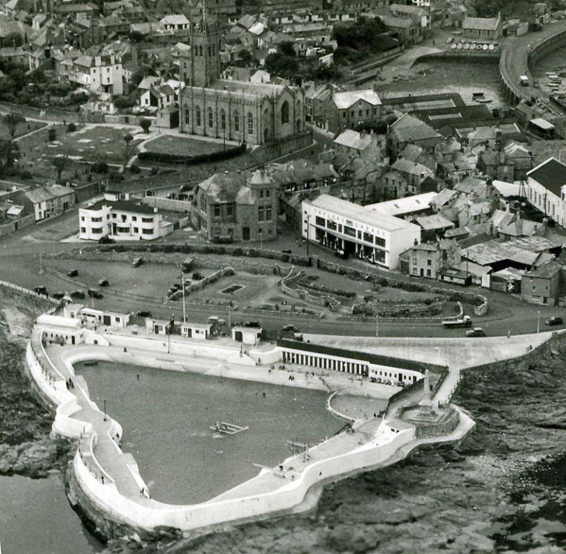 Penzance Aerial Photo - 1950s