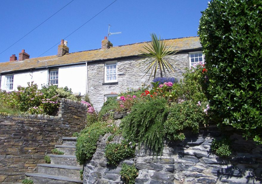 Garden and Cottage in Port Isaac