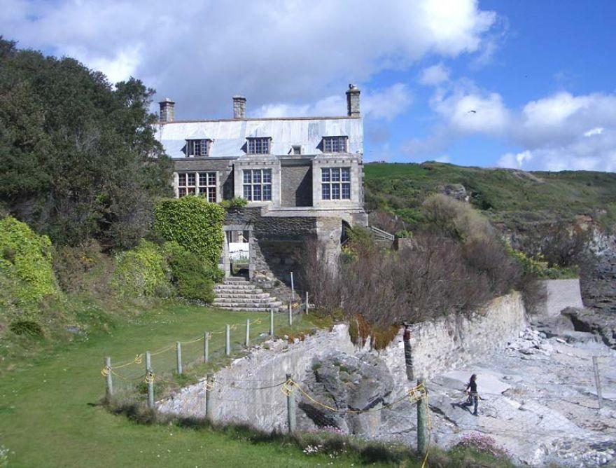 Porth-En-Alls House