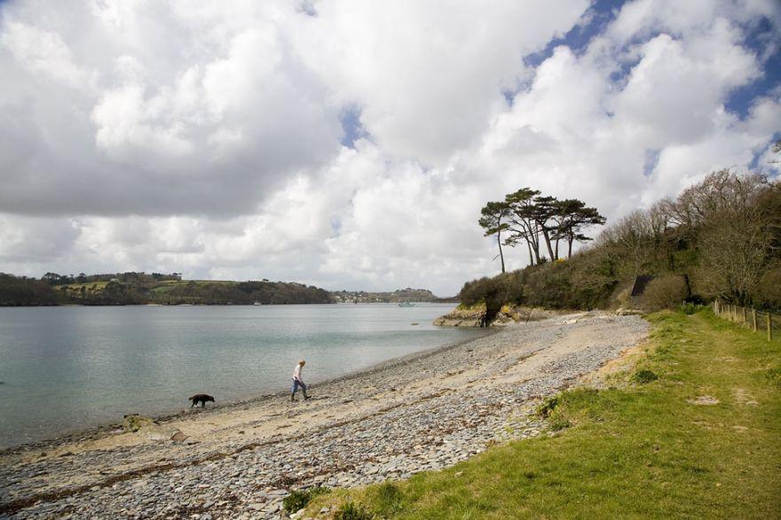 Porth Saxon beach