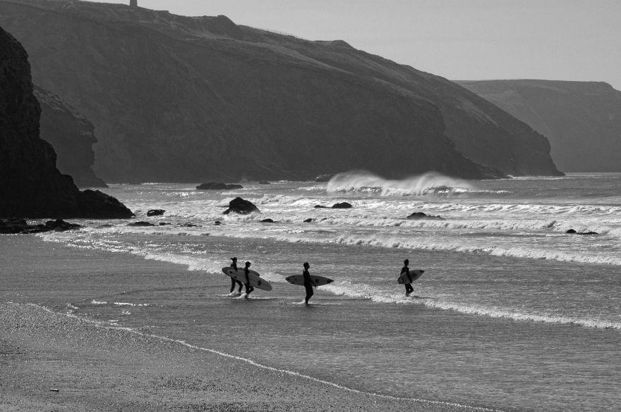 Surfers - Porthtowan