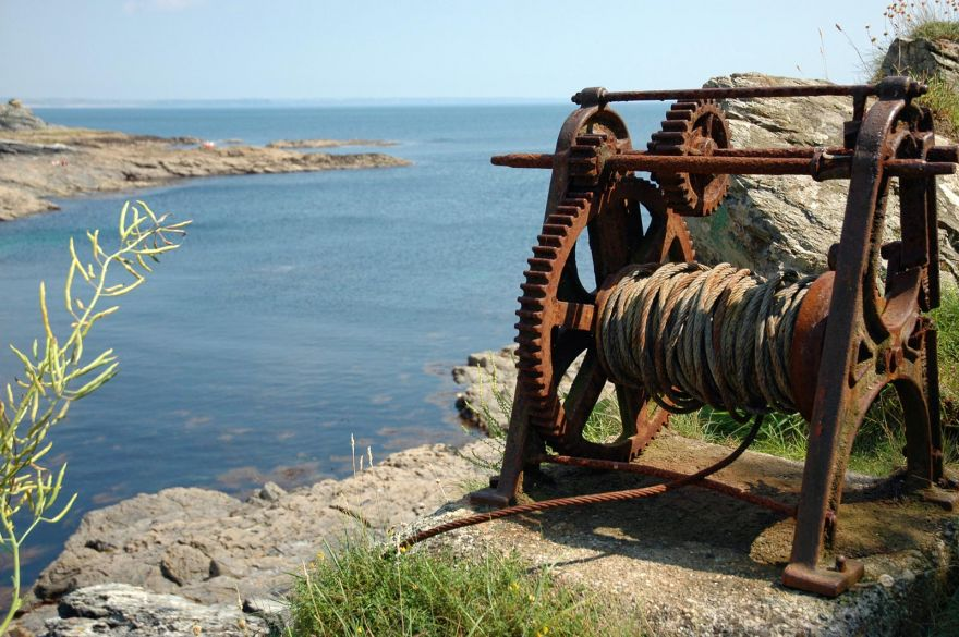 Old Winch - Prussia Cove