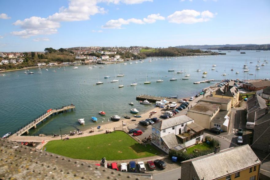 Saltash dating site for single men and women in Cornwall