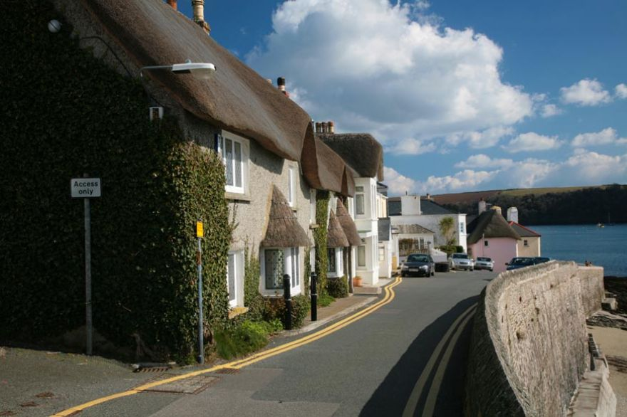 Thatched Cottages in St Mawes