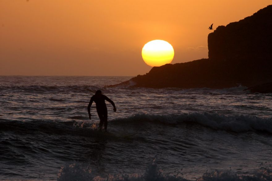 Sunset Soul Surfing