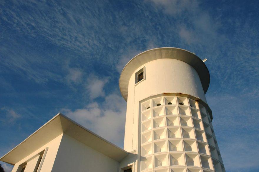 Tater Du Lighthouse - Close Up