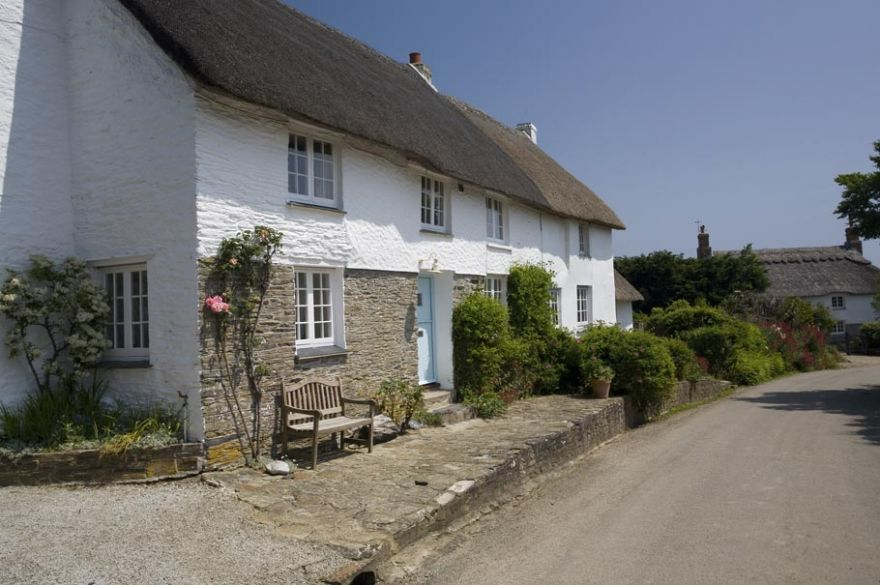 Treworthal Thatched Cottages