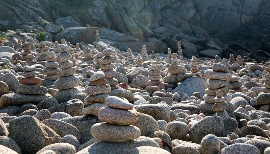 Troy Town rock piles