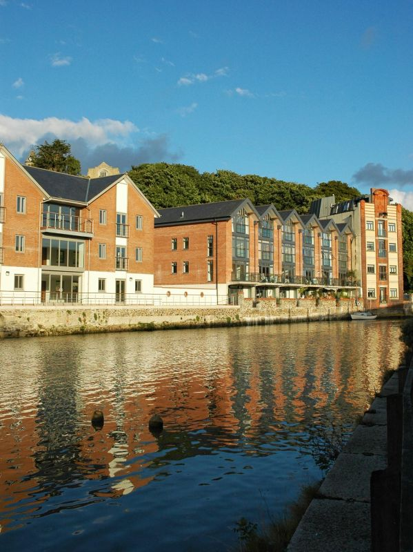 Riverside Apartments - Truro
